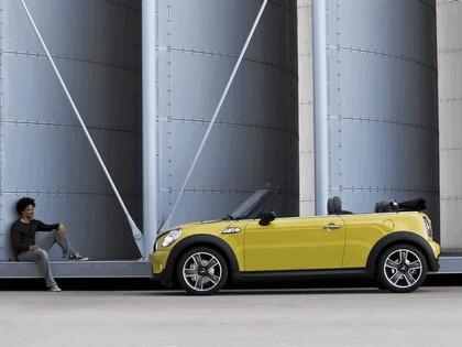 2009 Mini Cooper S cabriolet 12