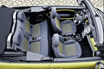 2009 Mini Cooper S cabriolet 17
