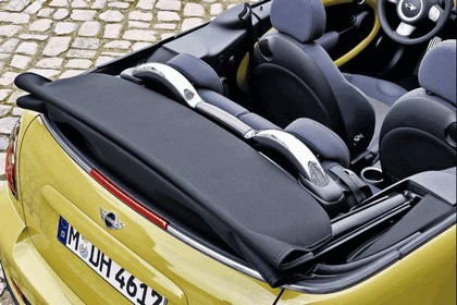 2009 Mini Cooper S cabriolet 19