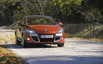2009 Renault Megane coupé 9