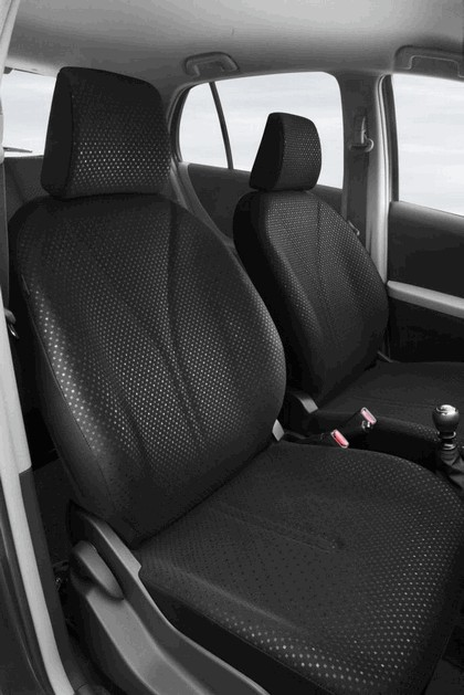 2009 Toyota Yaris 14