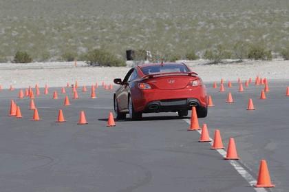2010 Hyundai Genesis Coupe 13