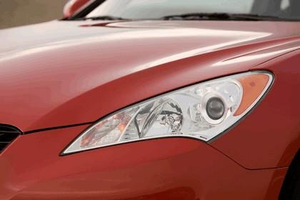 2010 Hyundai Genesis Coupe 25