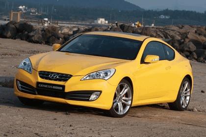 2010 Hyundai Genesis Coupe 40