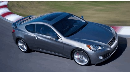 2010 Hyundai Genesis Coupe 66