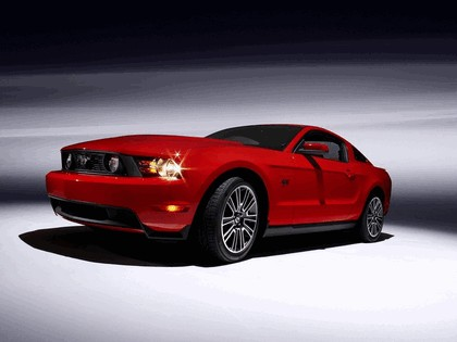 2010 Ford Mustang 24