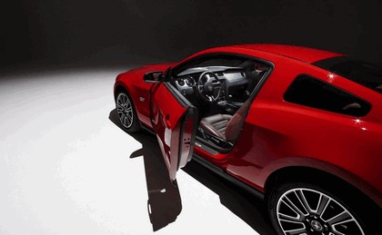 2010 Ford Mustang 70