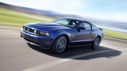 2010 Ford Mustang 7