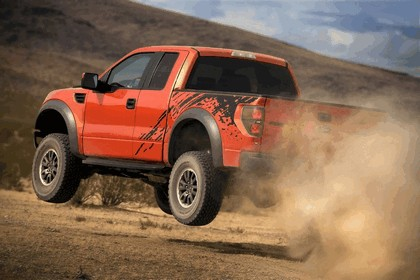2010 Ford F-150 SVT Raptor 11