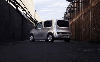 2010 Nissan Cube 33