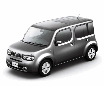 2010 Nissan Cube 61