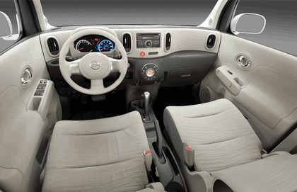 2010 Nissan Cube 82