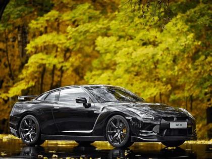 2009 Nissan GT-R black edition 3
