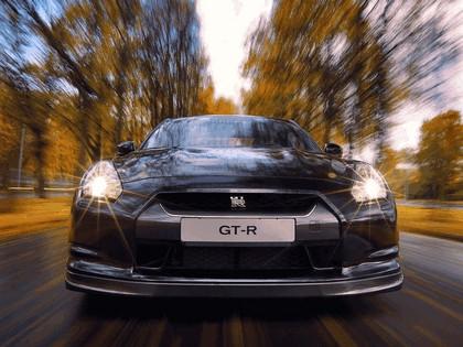 2009 Nissan GT-R black edition 9