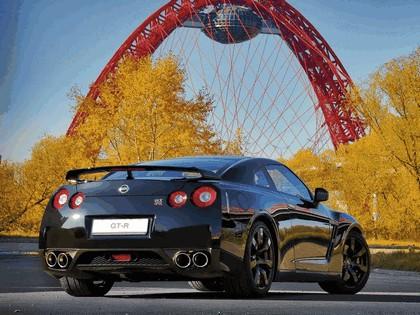 2009 Nissan GT-R black edition 11