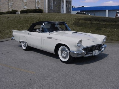 1957 Ford Thunderbird 1