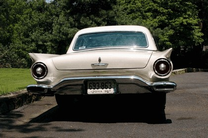 1957 Ford Thunderbird 3