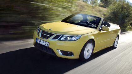 2008 Saab 9-3 convertible yellow edition 2
