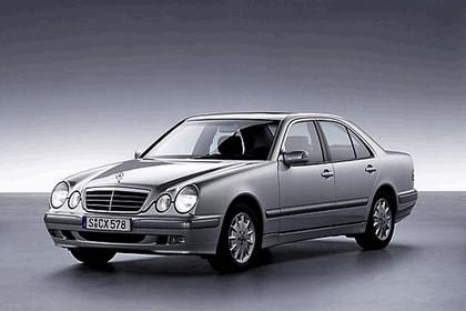 2008 Mercedes-Benz E-klasse history 8