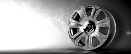 2009 Rolls-Royce Phantom Drophead coupé by Project Kahn 14