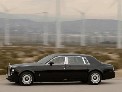 2005 Rolls-Royce Phantom extended wheelbase 3