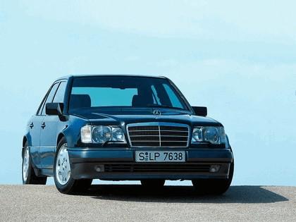 1993 Mercedes-Benz E500 ( W124 ) 2