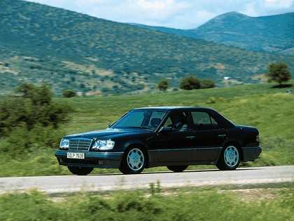 1993 Mercedes-Benz E500 ( W124 ) 3