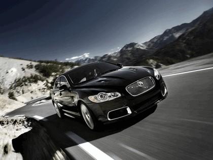 2010 Jaguar XFR 16