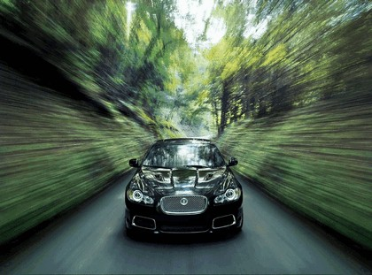 2010 Jaguar XFR 18