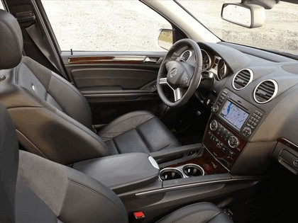 2009 Mercedes-Benz ML63 AMG 11