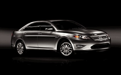 2010 Ford Taurus Limited 30