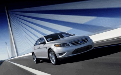 2010 Ford Taurus Limited 41
