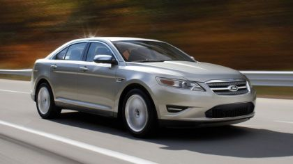 2010 Ford Taurus Limited 7