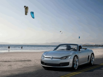 2009 Volkswagen BlueSport concept 22