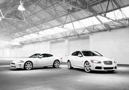 2010 Jaguar XKR 1