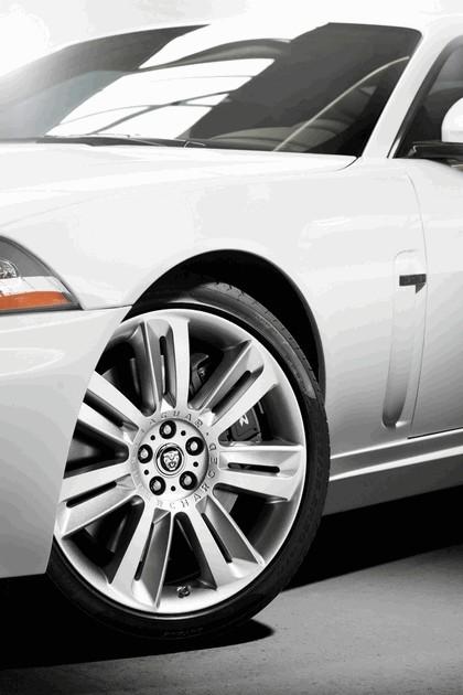 2010 Jaguar XKR 12