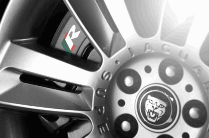 2010 Jaguar XKR 16