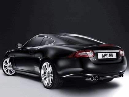2010 Jaguar XKR 39