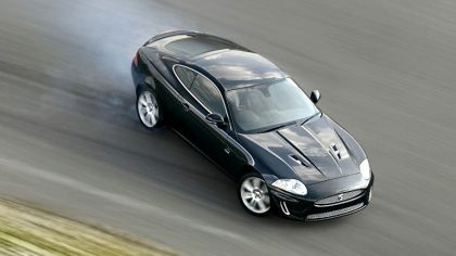 2010 Jaguar XKR 2
