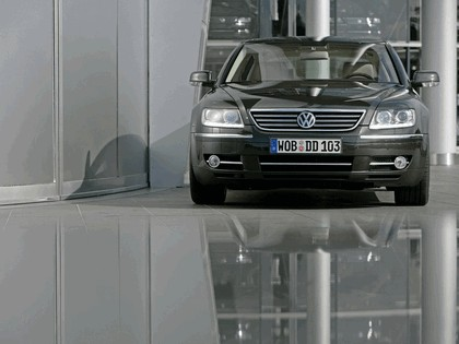 2008 Volkswagen Phaeton 7