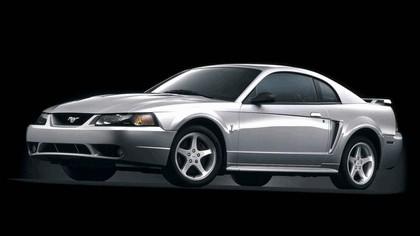 2001 Ford SVT Cobra 1
