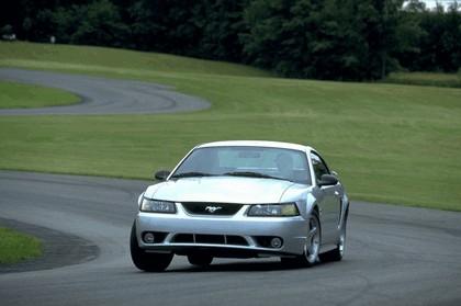 2001 Ford SVT Cobra 6