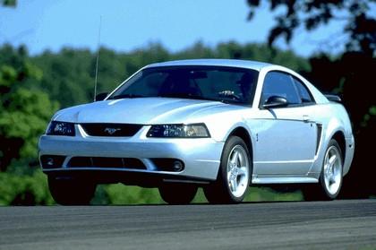 2001 Ford SVT Cobra 7