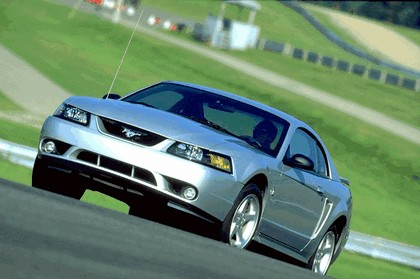 2001 Ford SVT Cobra 9