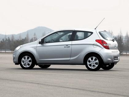 2009 Hyundai i20 16