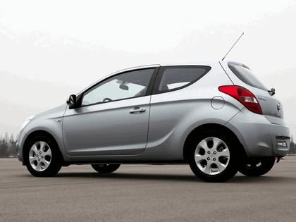 2009 Hyundai i20 18