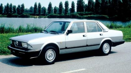 1983 Alfa Romeo Alfa 6 2.5i Quadrifoglio Oro 7