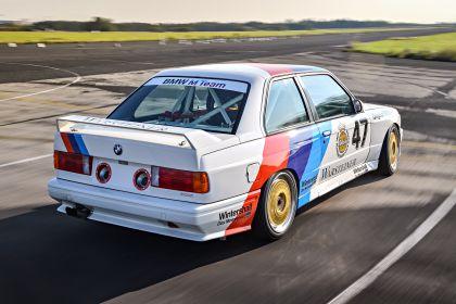 1987 BMW M3 ( E30 ) DTM 17