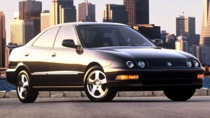 1994 Acura Integra sedan 1