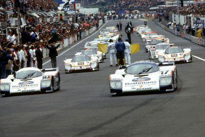 1985 Porsche 962C 18